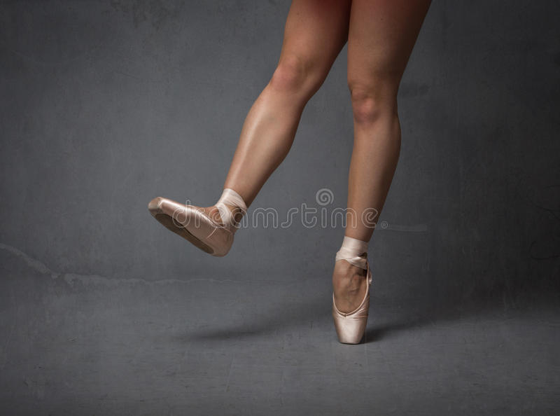 Haut étroit de pieds de ballerine image libre de droits