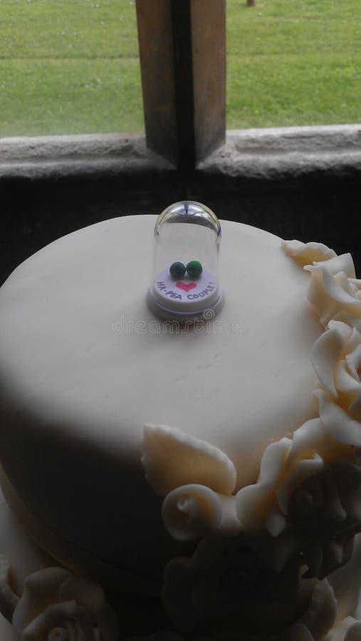 Haut de forme de gâteau de mariage photos stock