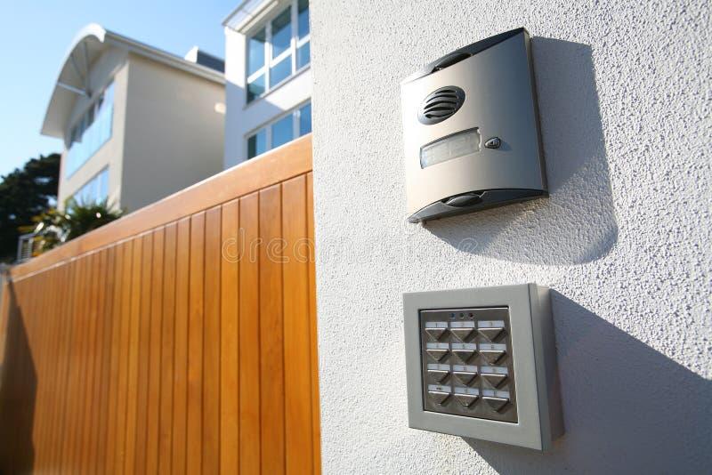 Haut-parleur de réponse de porte de visite à domicile photo stock