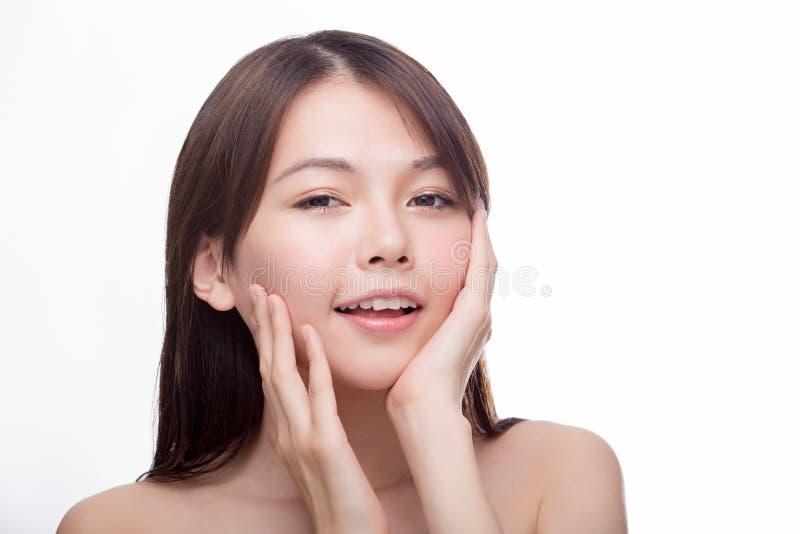 Haut portrait principal de beauté de fille asiatique images libres de droits