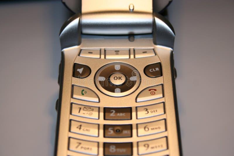 Haut proche de téléphone portable images libres de droits