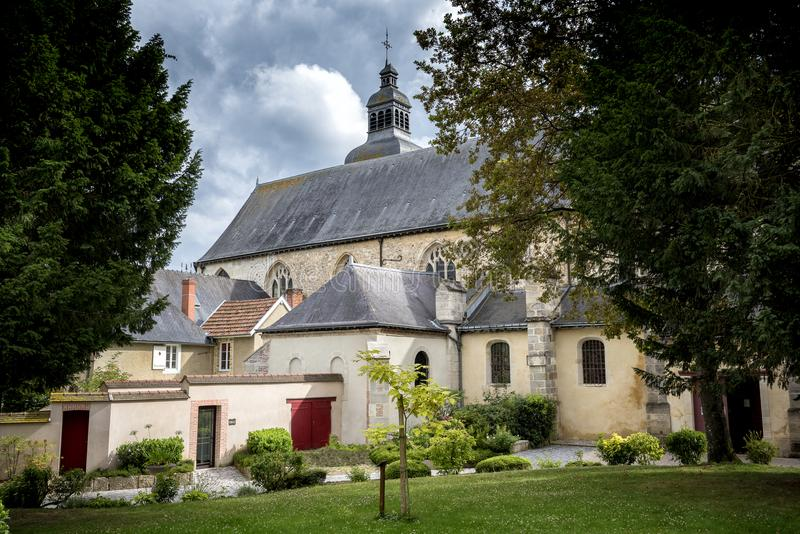 Hautvillers, Франция - 9-ое августа 2017: Интерьер аббатства St Pierre Hautvillers с могилой Dom Perignon в Cham стоковые фотографии rf