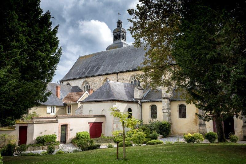 Hautvillers Frankrike - Augusti 9, 2017: Inre av Saint Pierreabbotskloster av Hautvillers med graven av Dom Perignon i chamen royaltyfria foton