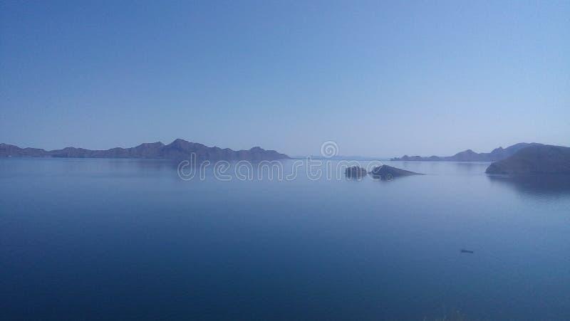 Hav för himmelblått arkivfoton
