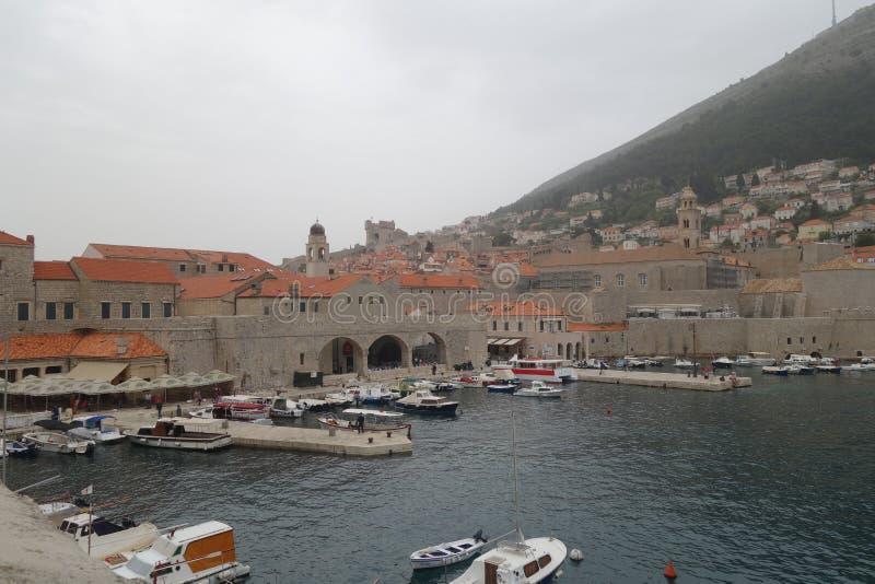Hav hamn, marina, stad royaltyfri bild