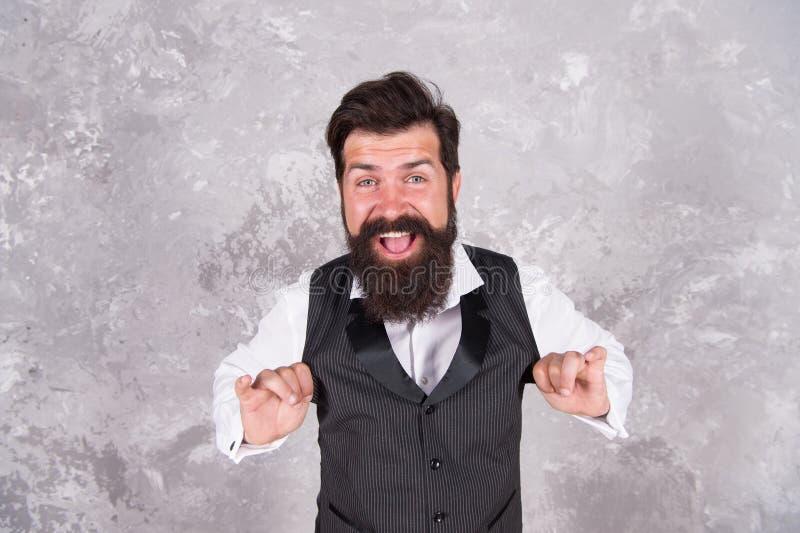 Hava nagila Vamos nos regozijar e ser felizes Feliz judeu israeli Homem barbudo dança joia melodia popular na parede abstrata fotos de stock