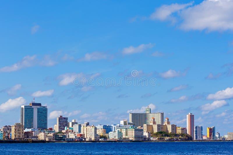 Havana Cuba City Skyline Along das Malecon lizenzfreie stockfotos