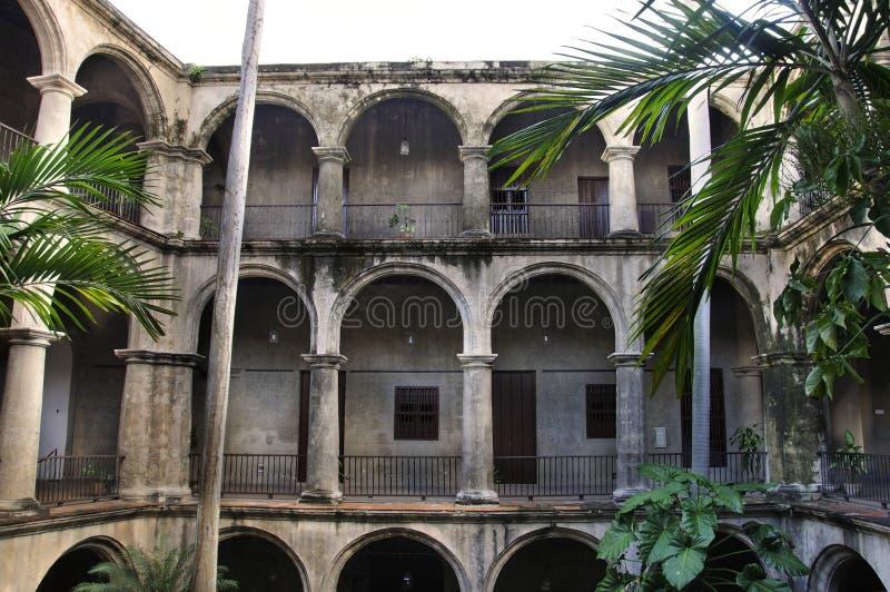 Havana-Gebäudeinnenraum stockfotografie
