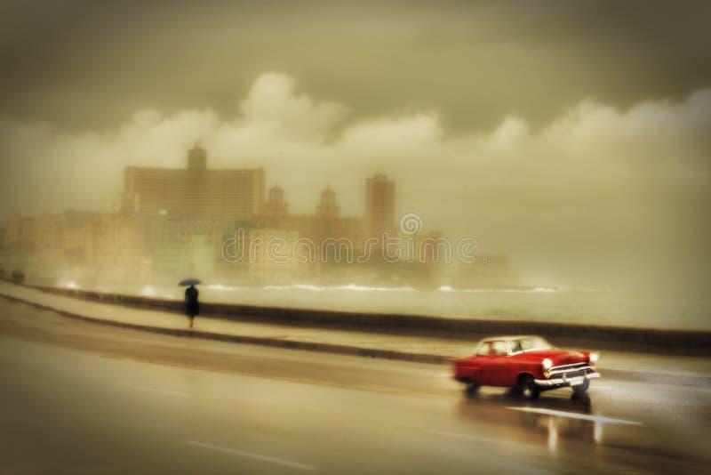 Havana-malecon am regnerischen Tag stockfotos
