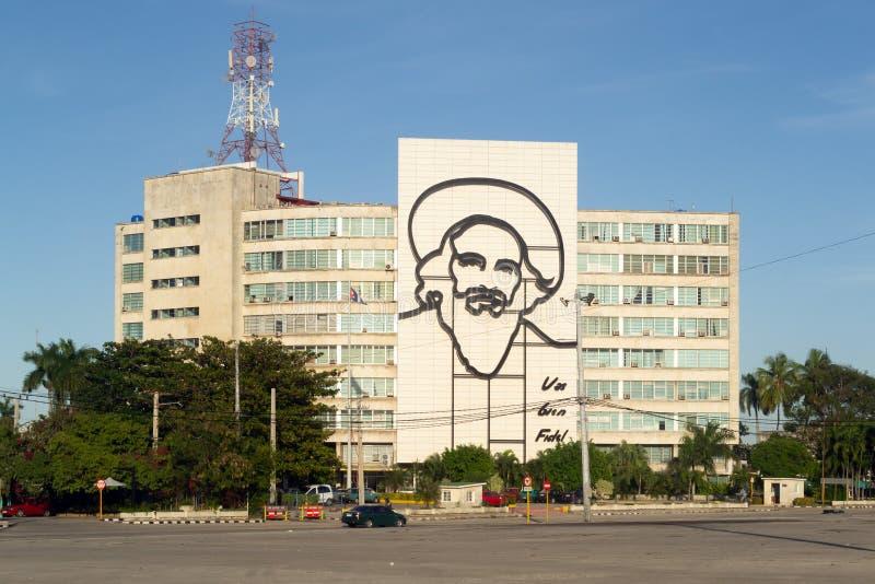 Havanna, Kuba - januari, 2019 Cityscape Revolutionskvadrat royaltyfri bild