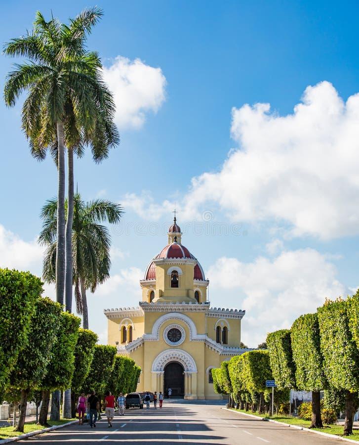 Havannacigarr Kuba - Oktober 29, 2015 - kolonkyrkogården i Vedado, havannacigarr, Kuba Kolonkyrkogården är en av de stora histori royaltyfri bild