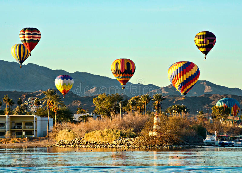 Havasu湖气球费斯特 免版税库存照片