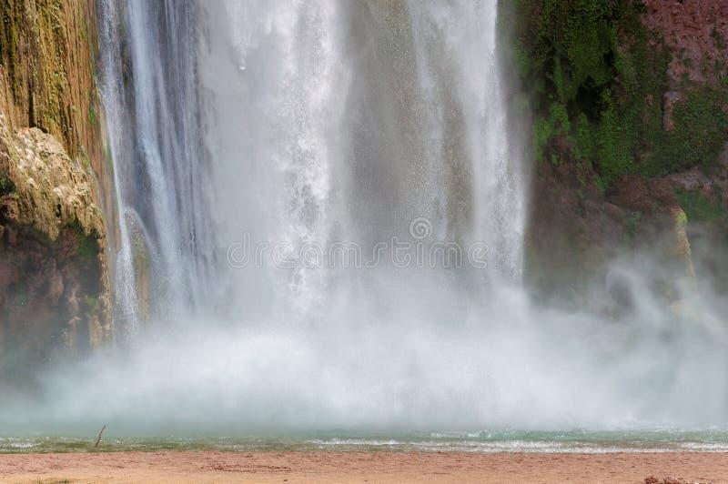 Havasu faller, vattenfall i Grand Canyon, Arizona royaltyfri bild