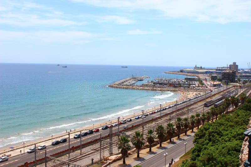 Haven en spoorweg Tarragona stock afbeelding
