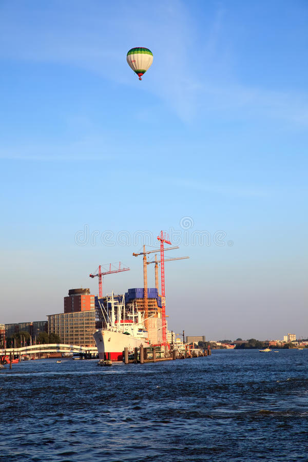 Haven in Hamburg stock afbeeldingen