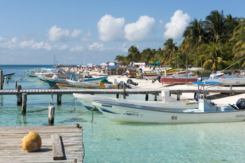 Haven in Isla Mujeres, Mexico stock afbeeldingen