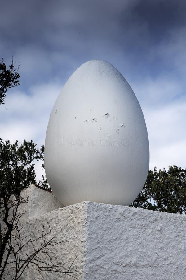 Haven Lligat, Mediterraan visserijdorp huis aan de Spaanse, surrealistische kunstenaar Salvador Dalàvoor bijna drie decennia stock foto's