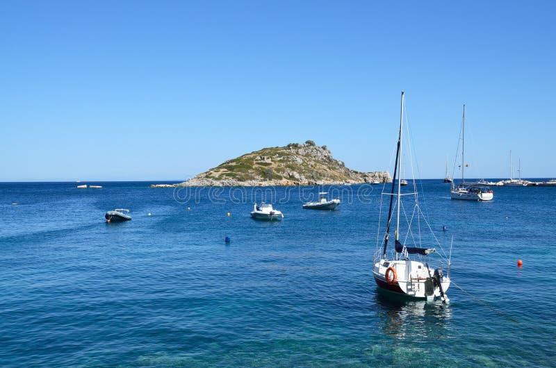 Haven van Agios Nikolaos in Zakynthos, Griekenland royalty-vrije stock afbeelding