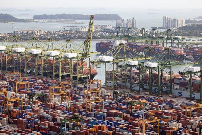 Haven van de Containerscheepswerf van Singapore royalty-vrije stock foto's