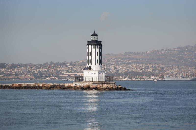 Haven van de vuurtoren van Los Angeles Long Beach op het overzees stock foto