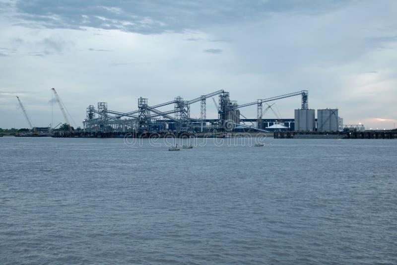 Haven van Groter Baton Rouge, door de rivier van de Mississippi stock afbeelding