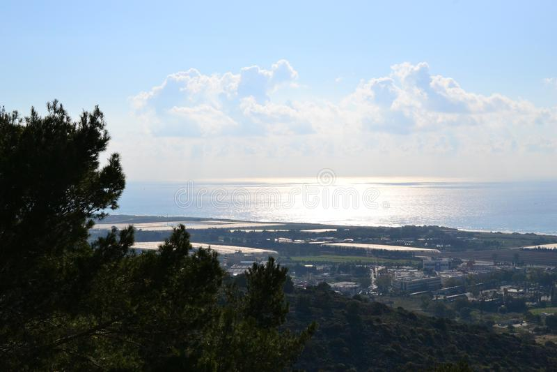 Haven van Haifa, overzeese mening van de stad van Haifa, van de binnenstad, Israël stock fotografie