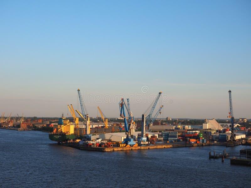 Haven van Hamburg in Hamburg stock afbeelding