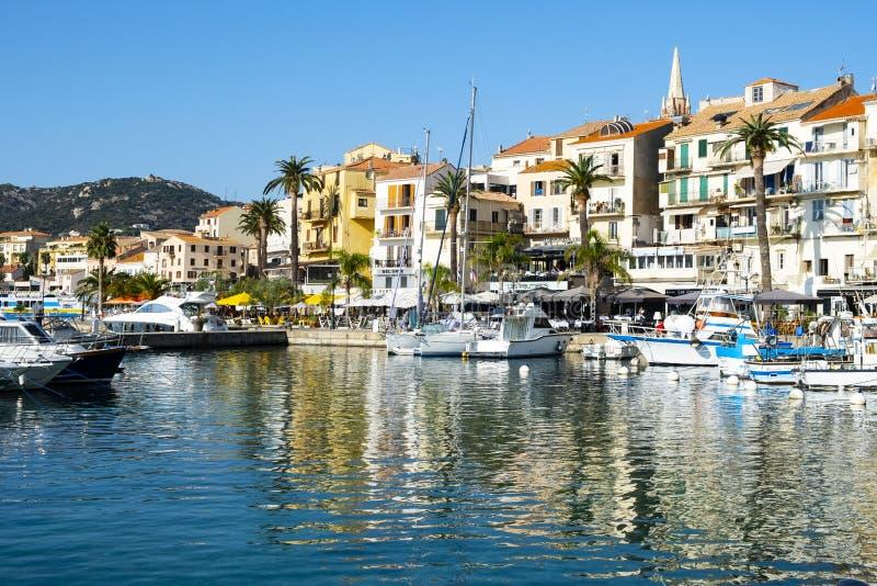 Haven van Porto-Vecchio, in Corsica, Frankrijk stock foto