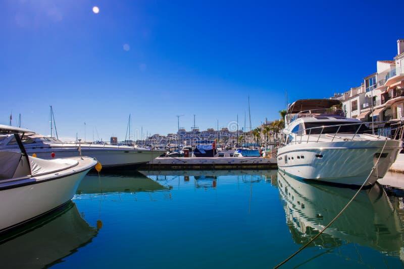 Haven van Puerto Banus royalty-vrije stock afbeelding