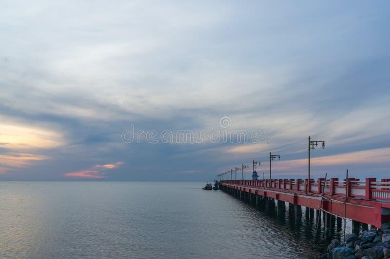 Havengebied Ao Prachuap, de provincie van Prachuap Khiri Khan in Zuidelijk Thailand royalty-vrije stock foto's