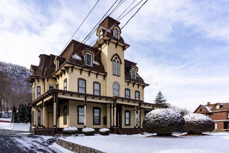 Haverstraw, Νέα Υόρκη Ηνωμένες Πολιτείες - 21 Ιανουαρίου 2019: Σπίτι από το σιδηρόδρομο στοκ εικόνες με δικαίωμα ελεύθερης χρήσης