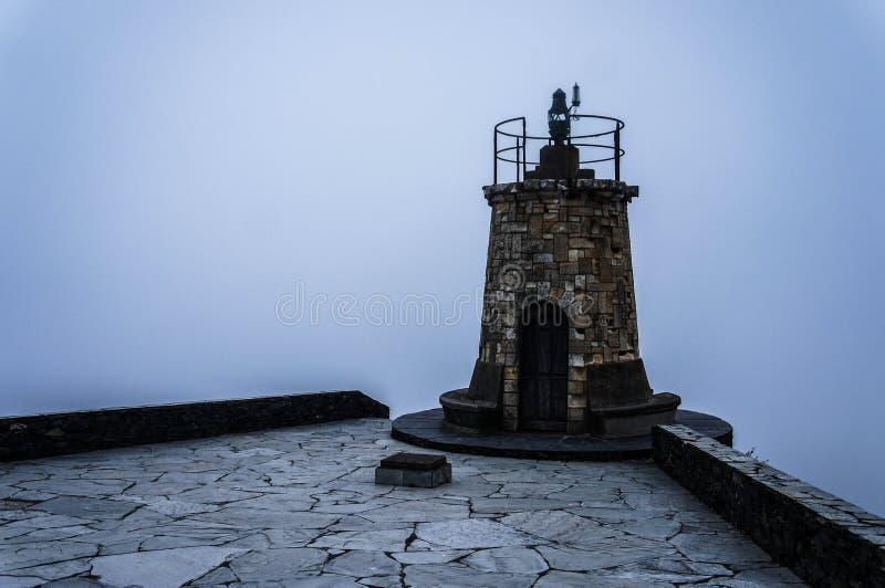 Havsdimma i Asturias royaltyfri foto