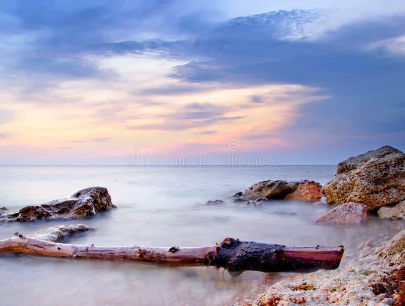 Download Havskust arkivfoto. Bild av fara, färgrikt, oklarheter - 37344784