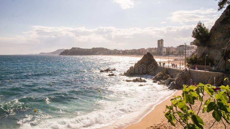 Havskust i Lloret de mars på Costa Brava, Spanien arkivbild