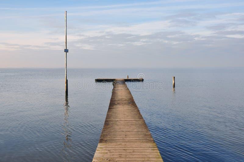 Download Havspir arkivfoto. Bild av waterside, trä, lopp, fred - 37347732