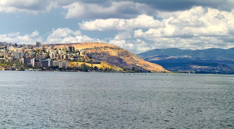 Havssikt av Galileen - kinneretsjö från berget royaltyfri bild