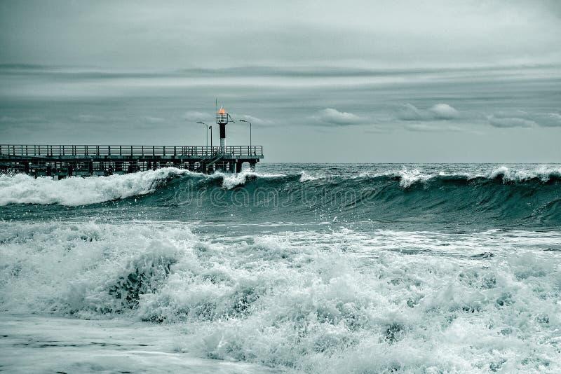 Havssikt på aftontid royaltyfria bilder
