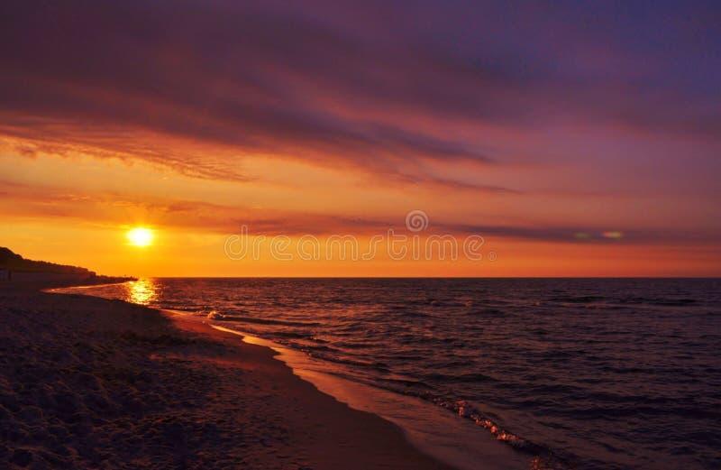 havssolnedgång royaltyfria bilder