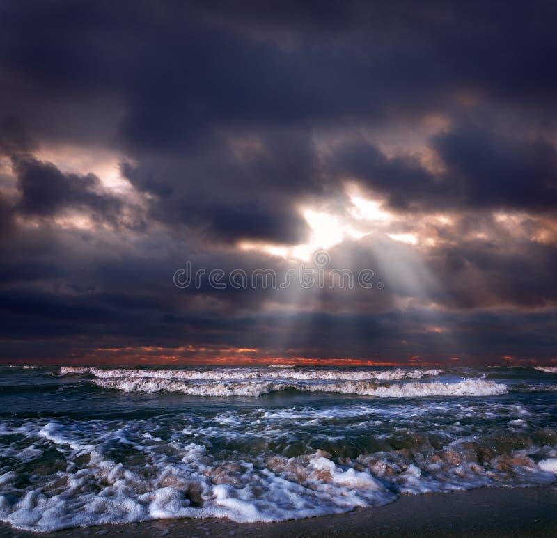 havstorm arkivfoto