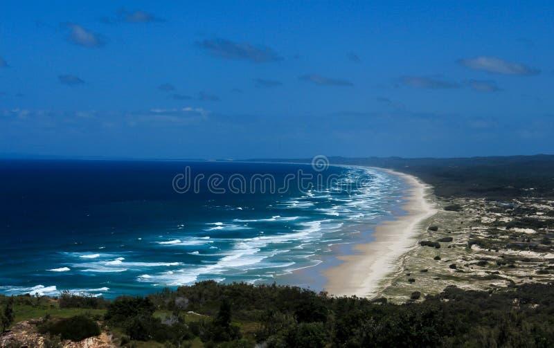 Havstrand på den Moreton ön, Queensland, Australien royaltyfria foton