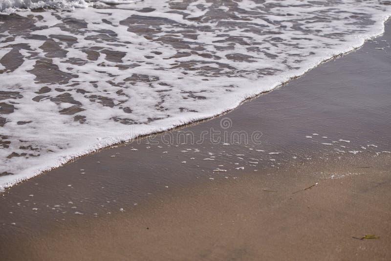 Havsvågor på shoreline 2 fotografering för bildbyråer