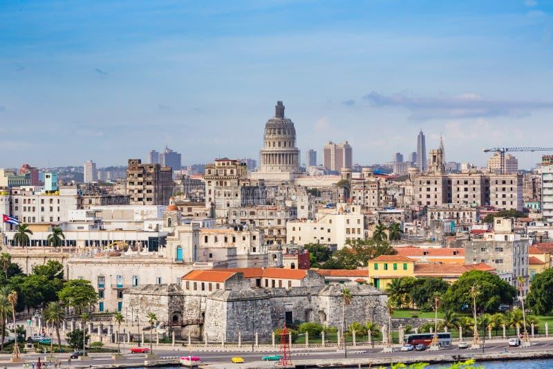 HAWAŃSKI, Historyczna linia brzegowa Hawański, Kuba na Oct 27, 2015 KUBA, PAŹDZIERNIK - 17 - jpg obraz stock