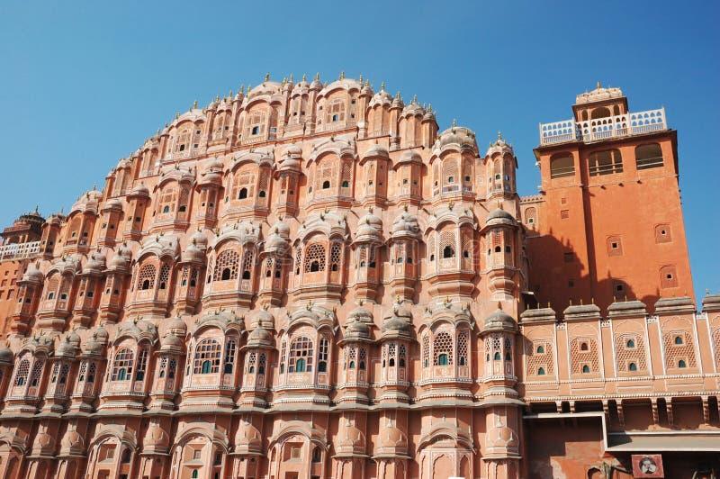 Hawa Mahal eller slott av bris i Jaipur, Rajasthan, Indien royaltyfri fotografi