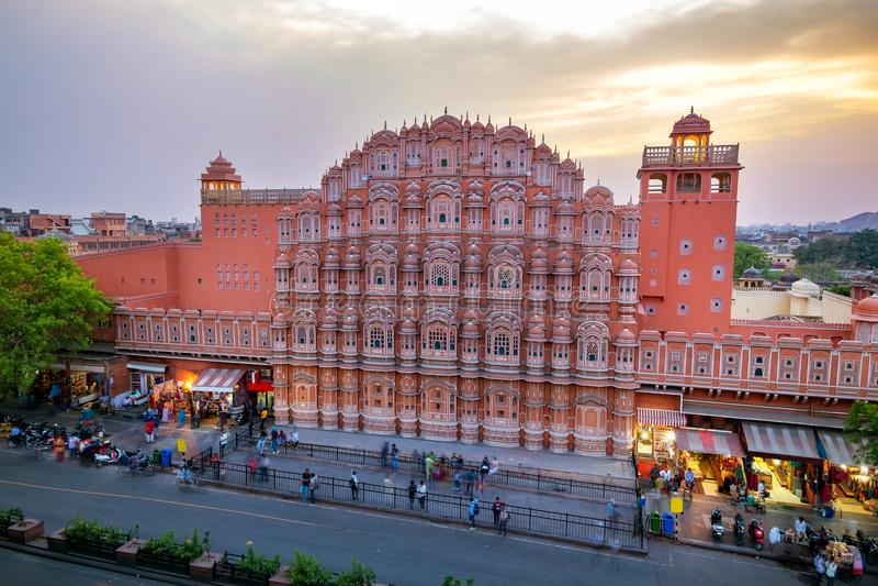 Hawa Mahal på afton, Jaipur, Rajasthan, Indien royaltyfri fotografi