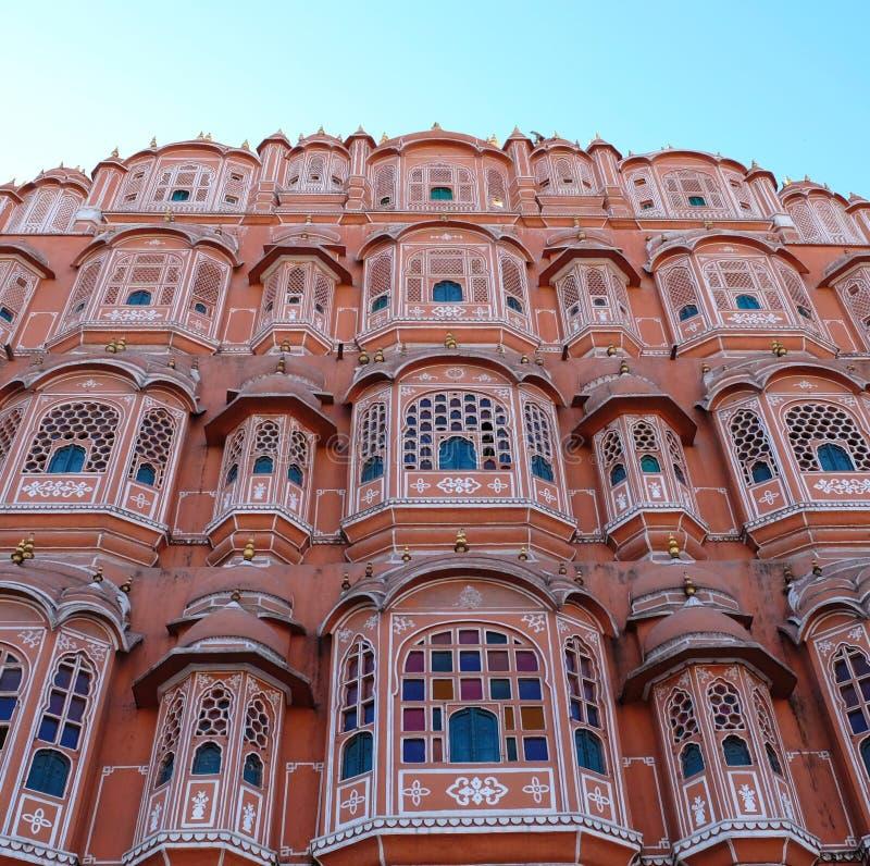 Hawa Mahal Palace av vindar är en slott i Jaipur, Indien arkivfoton
