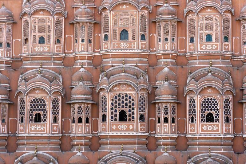 Hawa Mahal, palais rose des vents dans la vieille ville Jaipur, R?jasth?n, Inde images libres de droits