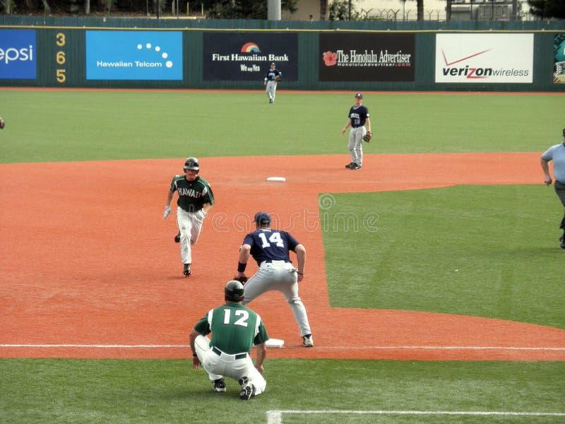Hawaii-Baseball-Spielerkopf zur Third Base stockfotos