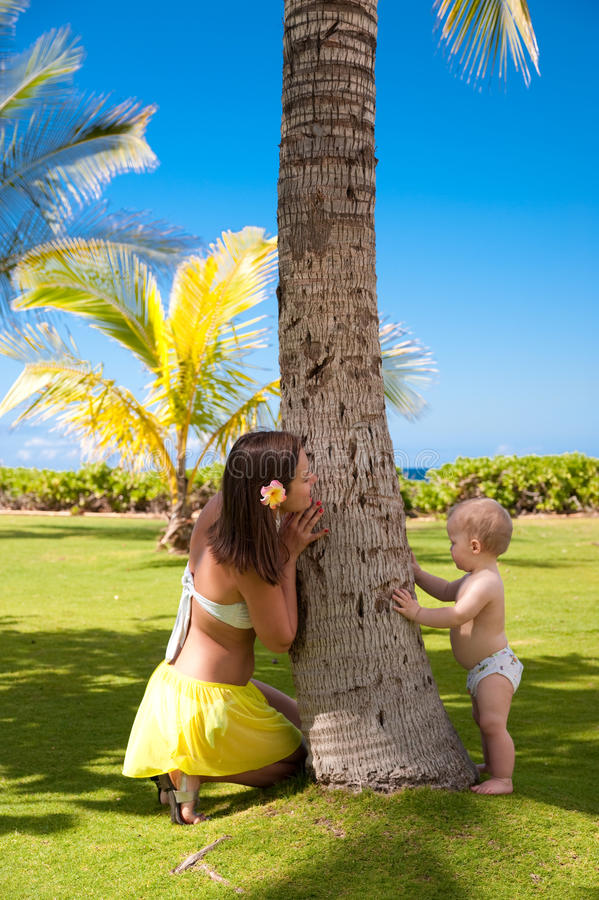 Download Hawaii, Oahu stock photo. Image of polynesia, mother - 13203410