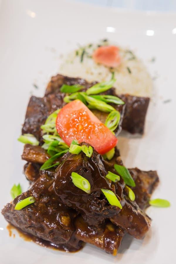 Hawaiiaanse Crockpot-Rundvleesribben royalty-vrije stock afbeeldingen