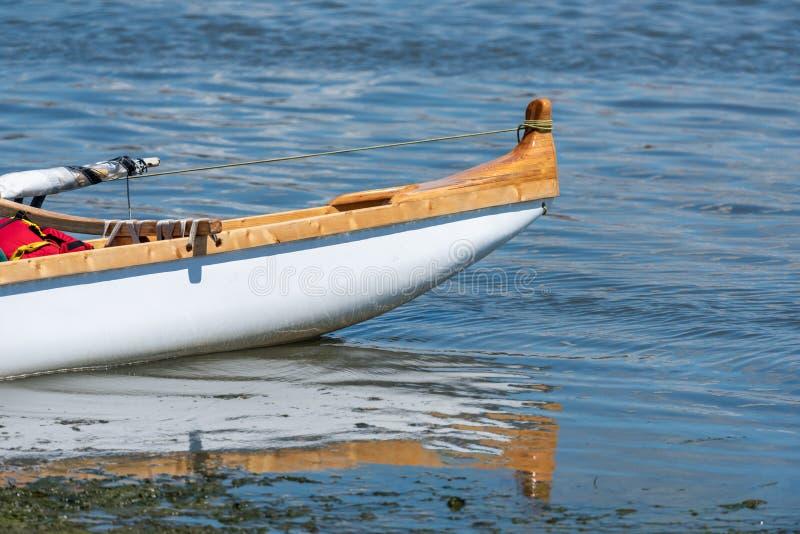 Hawaiiaanse kano op het Arcachon Bassin stock afbeeldingen